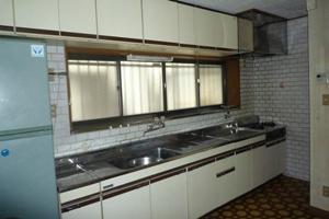 古びた台所の写真